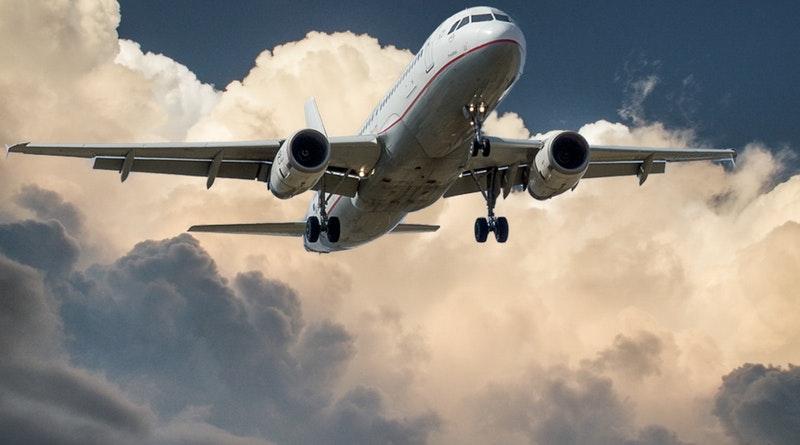 Dicas para economizar com passagens aéreas